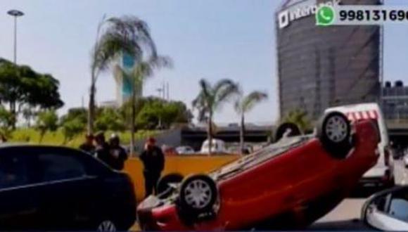 El accidente de tránsito ocurrió cerca de la avenida Javier Prado. (Foto: Canal N)