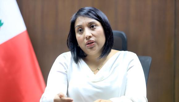 Ana Neyra, ministra de Justicia y Derechos Humanos, confirmó que el Ejecutivo presentaría una demanda ante el TC. (Foto: GEC)