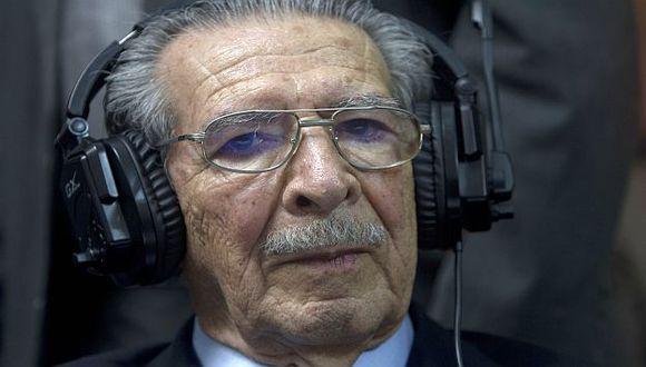 José Efraín Ríos Montt durante una de las audiencias en las que compareció.  (AP)