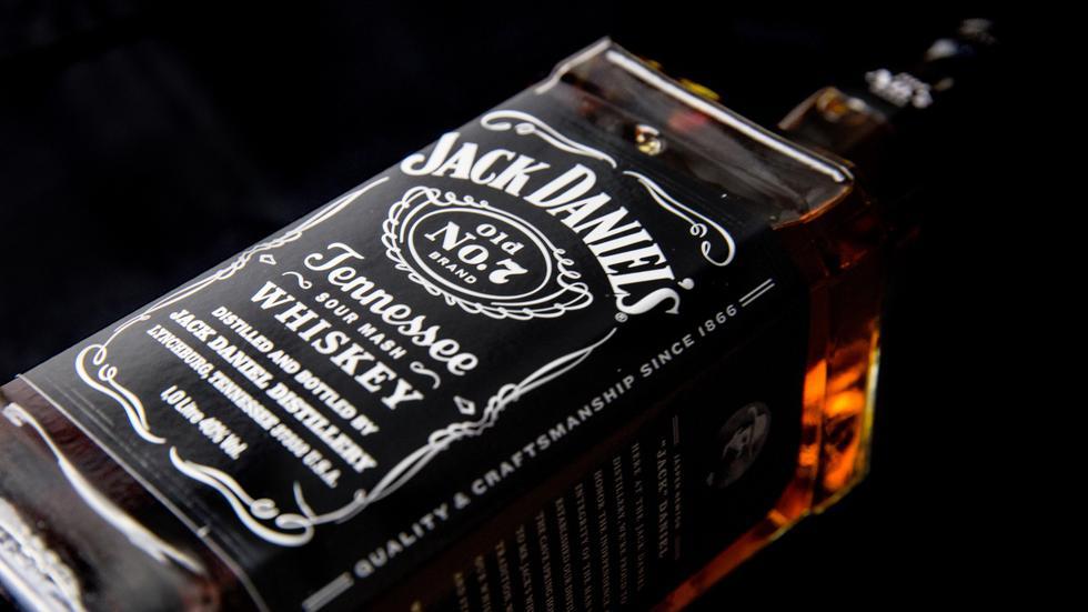 Jack Daniel's ha tomado las acciones necesarias para eliminar la oferta y aclarar la información correspondiente. (Internet)