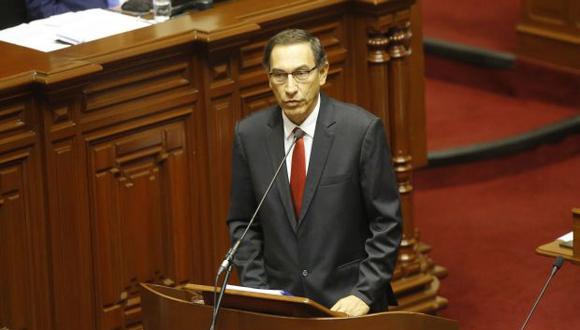 Vizcarra, desconfiado y desleal. (Foto: Archivo El Comercio)