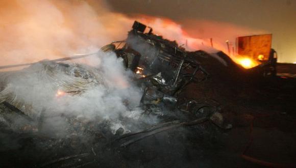 TRÁGICO. Cuatro personas murieron ayer en Asia luego de un triple choque y posterior incendio. (USI)