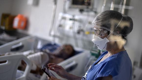 Autoridades han pedido se abra una investigación para conocer si hubo sobreprecio en respiradores que se compró a China. (Foto referencial: Douglas Magno / AFP).