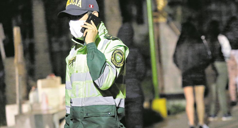 Las escuchas telefónicas y el  mercado del espionaje en el Perú