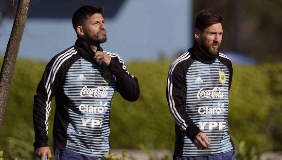 Sergio Agüero se refirió a Lionel Messi, en su vuelta a la selección argentina. (Foto: AFP)