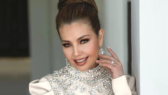 Thalía sorprendió a sus seguidores con un look retro que cautivó a todos. (Foto: @thalia)