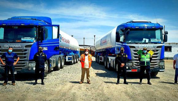 Los cargamentos cruzaron la frontera, pasaron por Tacna y ahora se encuentran en Moquegua en ruta hacia Arequipa. (FOTO: MININTER)