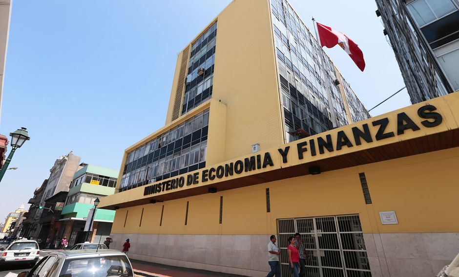 El MEF emitió elDecreto Supremo Nº 288-2019-EF que establece las reglas para la contratación de consultorías para la gestión de proyectos de inversión.(Foto: Andina)