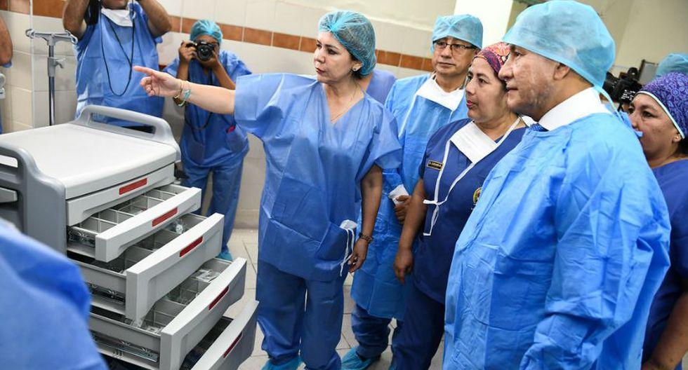 Especificó que los equipos son ocho máquinas de anestesia, ocho salas de operaciones electrohidráulicas, cinco ventiladores adulto pediátrico. (Foto: Mininter)
