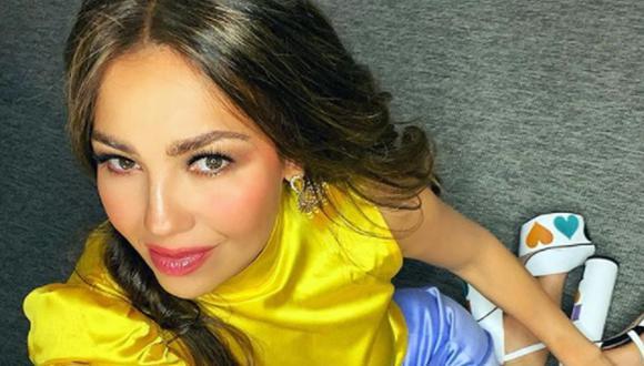 Thalía siempre ha sido considerada una mujer de moda, prueba de ello es que en sus redes sociales, suele compartir imágenes de ella luciendo diferentes vestidos de diseñadores (Foto: Instagram/Thalía)