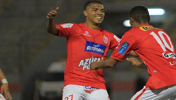 Junior Viza cerró la cuenta en Olmos para el Aurich. (USI)