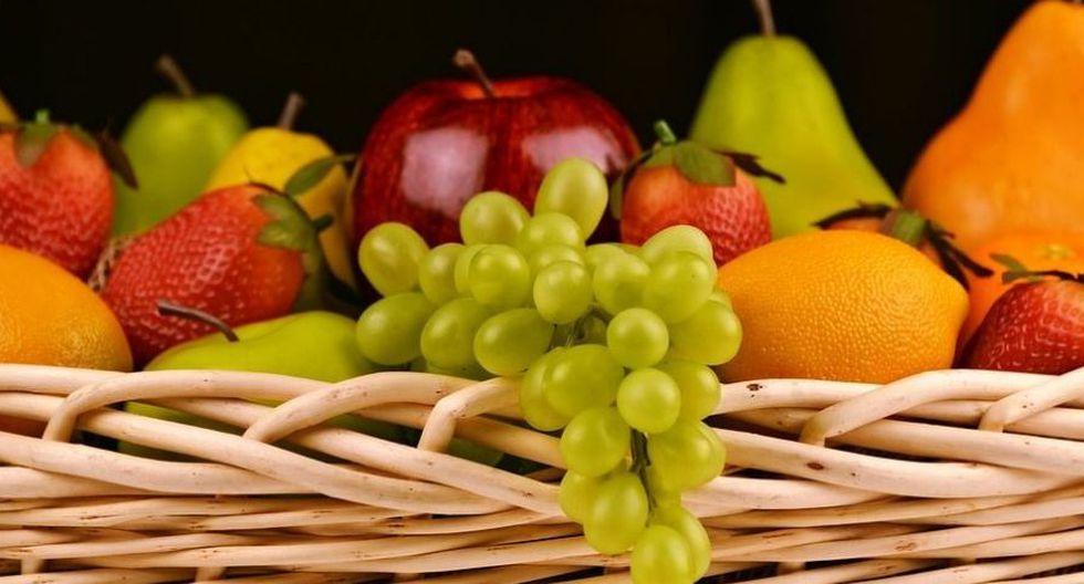 Muchas personas se olvidan del azúcar natural de las frutas, que si bien es mejor que los azúcares procesados, es preciso limitar su consumo excesivo. (Foto: Pixabay)