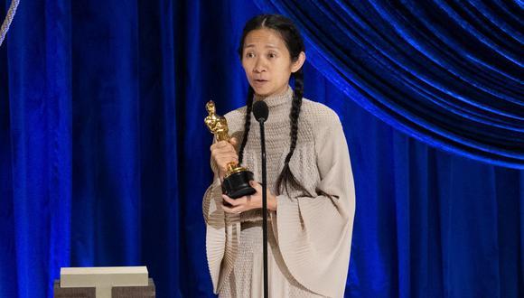Cuidadanos chinos celebran la victoria de Chloé Zhao en los Oscar 2021. (Foto: AFP)