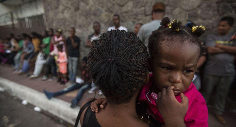 Entre ilusiones y penurias, haitianos y africanos migrantes forman un barrio en México. (Foto: AFP)