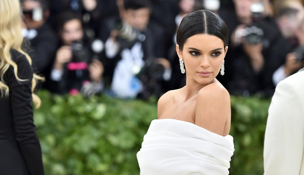Kendall Jenner protagoniza la portada de la revista Vogue Australia. (Foto: AFP)