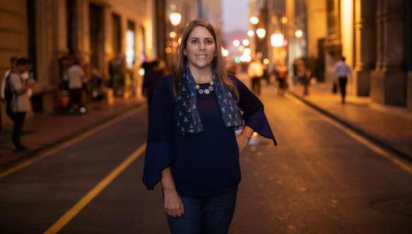 Ximena Otero lidera la Asociación Vuela Colibrí.