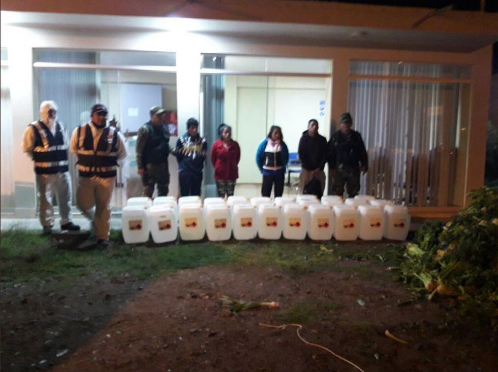 Incautan más de 350 kilos de droga y capturan a siete presuntos traficantes en Ayacucho. (Twitter:@FiscaliaPeru)