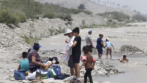 Gobierno dispuso que no se hará uso de las zonas de descanso de arena o piedras inmediatamente colindantes con el mar, de la zona de mar, ni de la ribera de ríos, lagos o lagunas ( Fotos: Jessica Vicente/@photo.gec)