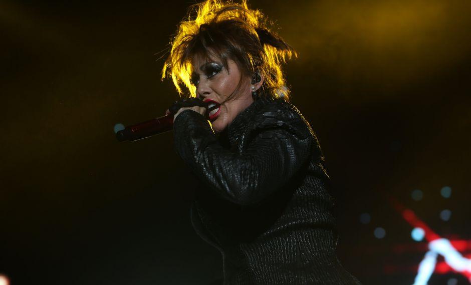 La cantante mexicana dedicó una emotivas palabras para su hija Sofía luego de dedicarle el tema 'Yo te esperaba' en su último concierto.