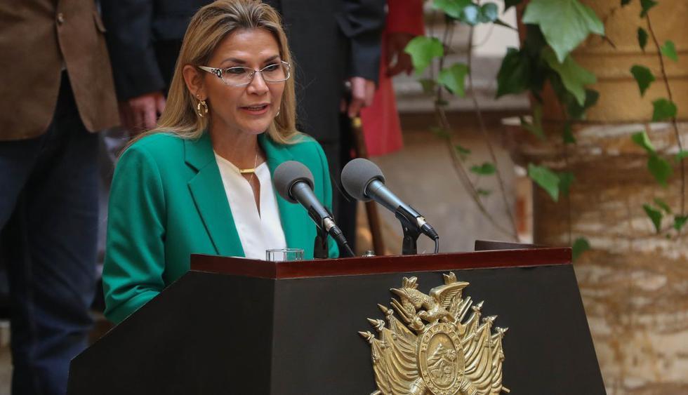 Añez dio duras críticas hacia Morales, al afirmar que Bolivia se pudo convertir en Venezuela. (Foto: EFE)