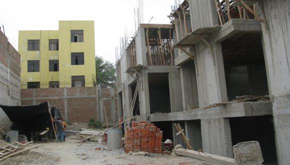 FAMILIAS ACCEDEN A HIPOTECA. Crédito crece más fuera de Lima. (Jorge Merino)
