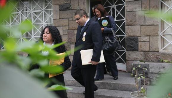 DILIGENCIA. Fiscal visitó a menor para indagar sobre agresión. (David Vexelman)