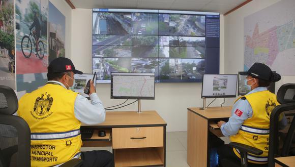 San Isidro. El centro de control facilitará la gestión de olas verdes y también regulará los tiempos y modos de funcionamiento de los semáforos.