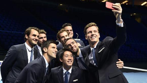 Digan 'cheese'. Djokovic, Federer y los demás están listos. (Reuters)