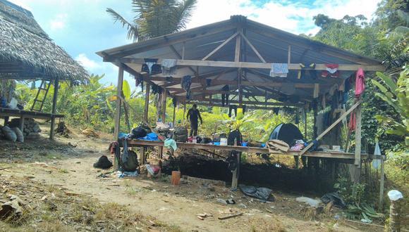 El Comando Conjunto y la Policía intervino tres laboratorios de droga en Loreto.