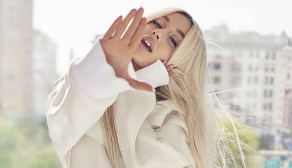 Ariana Grande luce cambio de look en portada de Elle   Fotos: Instagram
