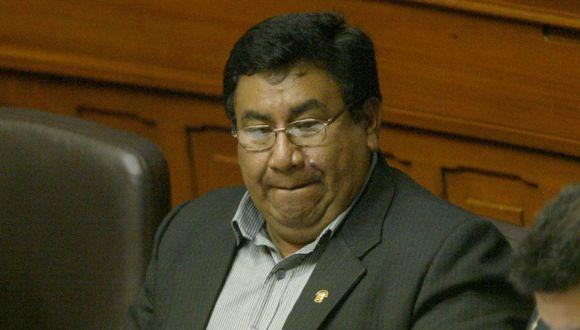 REINCIDENTE. Podría ser expulsado de una bancada por segunda vez. (Perú21)