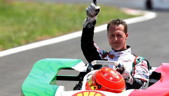 Michael Schumacher sigue luchando por su vida. (AP)
