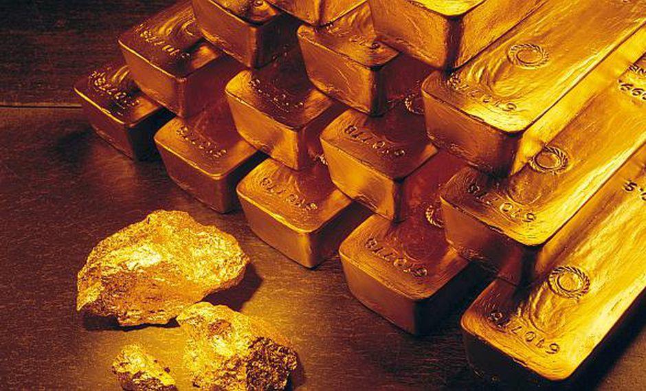 El oro caía en la apertura del lunes. (Foto: AP)