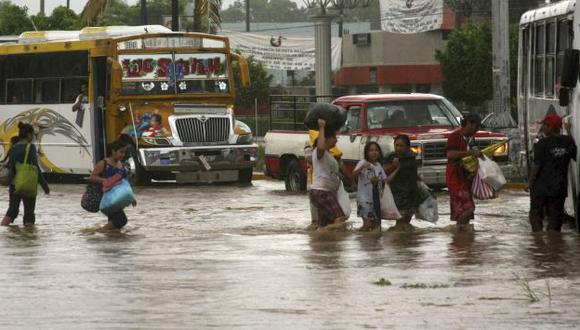 Miles de personas debieron ser evacuadas por los violentos temporales. (Reuters)