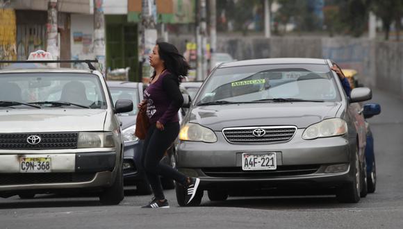 El uso de autos particulares estará restringido durante las fiestas de fin de año. (Foto: Rolly Reyna/GEC)