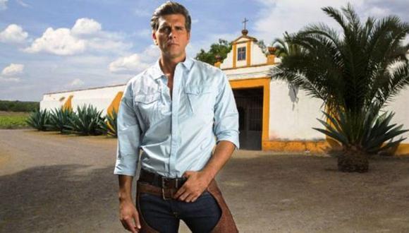 Galán de novela mexicana. (Televisa)