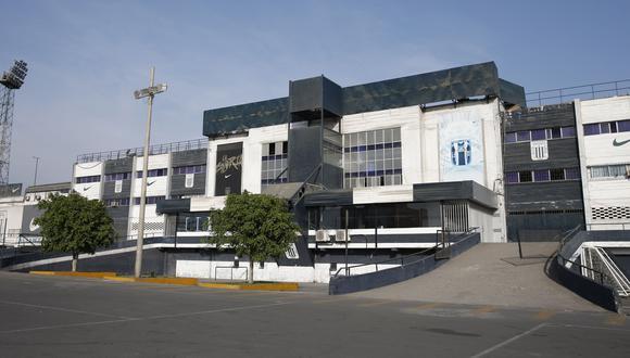 Hinchas de Alianza Lima se encuentran consternados ante la posible venta del histórico recinto. (USI)