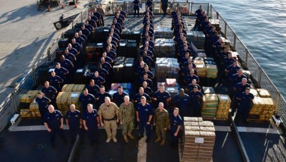 La droga fue descargada en el puerto de San Diego, en el sur de California. (Foto: Guardia Costera - Twitter)