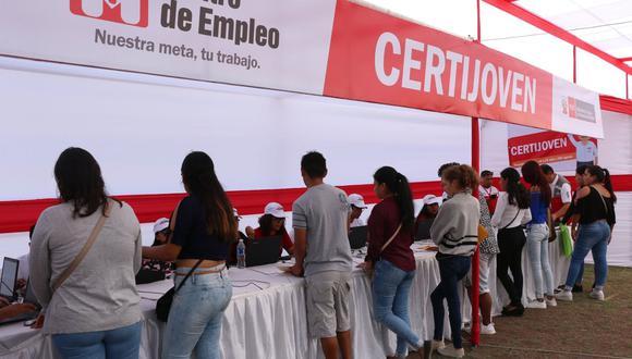 La titular del MTPE, Sylvia Cáceres, y el alcalde de Ate, Edde Cuéllar, estarán presentes durante la inauguración de la Semana del Empleo en Ate. (Foto: Andina)
