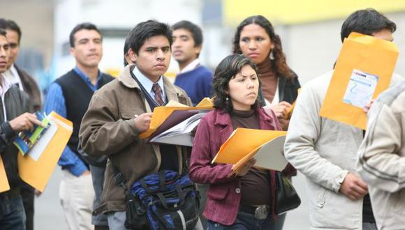 PARADOJA. Jóvenes no hallan empleo y empresas buscan técnicos. (USI)