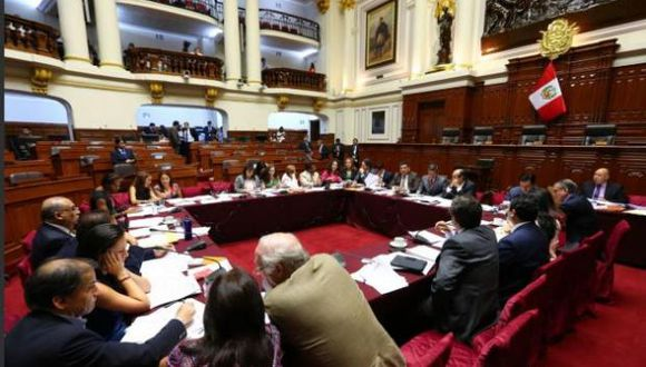 Proyecto de Rosa Bartra se aprobó hoy en la Comisión Permanente del Congreso. (Parlamento)