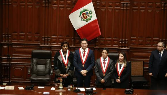 Mesa Directiva del Congreso encabezada por Daniel Salaverry. (FOTO: USI)