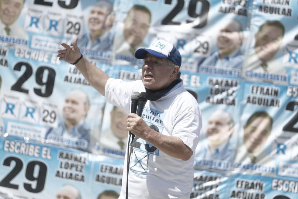 Candidato al Congreso, Efraín Aguilar, hizo campaña por Renovación Popular (César Campos/GEC).