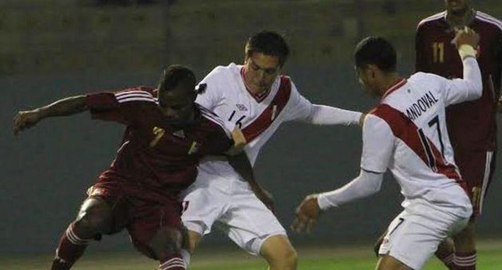 A los 83 minutos, Perú pudo aumentar marcador, pero juez de línea anuló gol.  (USI)