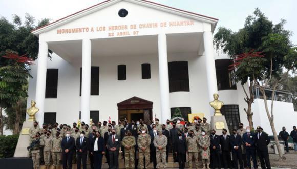 El presidente Sagasti rindió ayer homenaje a los comandos que participaron en el rescate de 72 rehenes del MRTA en 1997.
