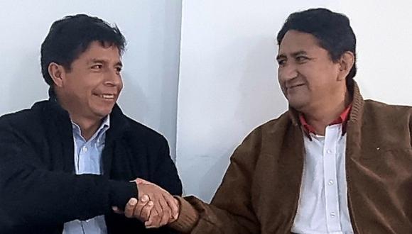 Pedro Castillo y Vladimir Cerrón, aparentemente, no comparten las mismas ideas respecto al nuevo gabinete encabezado por Mirtha Vásquez. (Foto: Twitter Vladimir Cerrón)