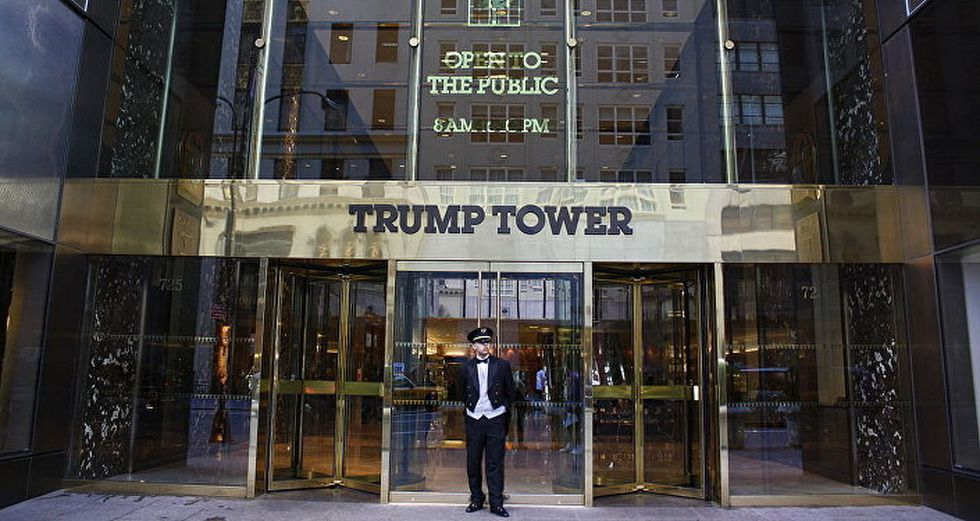 Trump Tower. Ubicada en la quinta avenida de Manhattan, fue el cuartel general de la campaña presidencial y allí se encuentra la sede de la Organización Trump. (Foto: Timothy Clark/Getty Images).