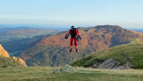 Los paramédicos de la remota y escarpada región de Lake District en Inglaterra han estado probando un traje con propulsión jet. (Foto: YouTube)