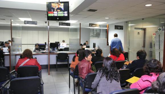 Trabajadores piden que sean considerados en reformas del sector Salud. (USI)