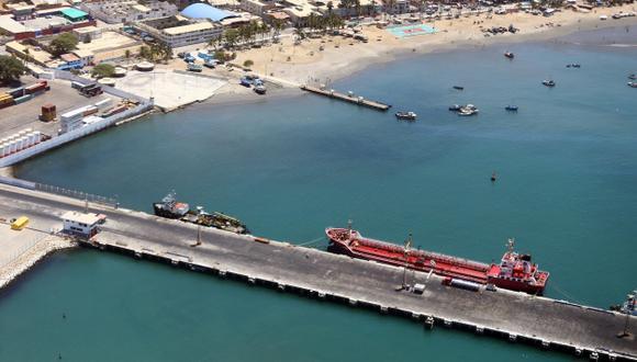 Piura: Empresas continúan contaminando el mar de Paita. (USI)